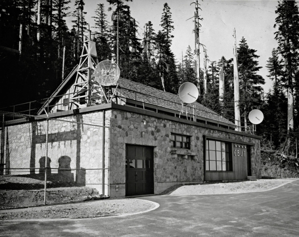 CBUT transmitter station atop Mt. Seymour, 1954. Photo: Alvin Armstrong, CBC Vancouver Still Photo Collection.