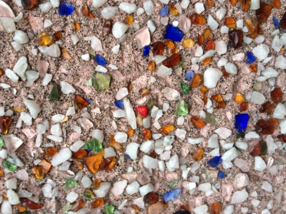 Multi-coloured, broken-glass dash stucco includes the elusive red glass!  Photo: C. Hagemoen