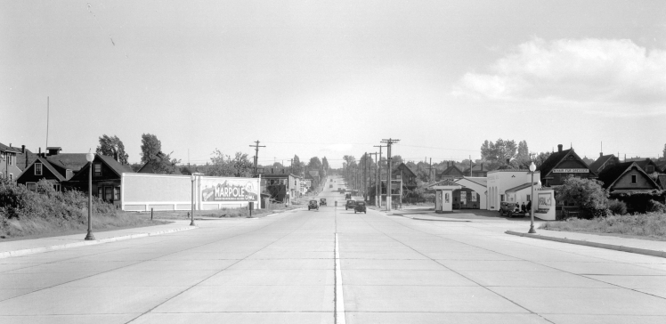 Looking south along Cedar Street, 193 . Photo: Stuart Thomson, COV Archives - CVA 99-4632.