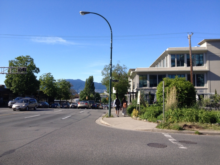 Burrard at 6th Ave. railway crossing. May 2015. Photo: C. Hagemoen