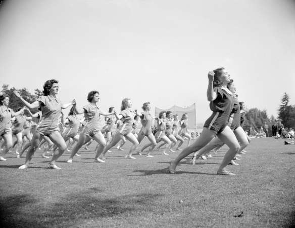 Group of women doing a Pro-Rec fitness display in Stanley PArk