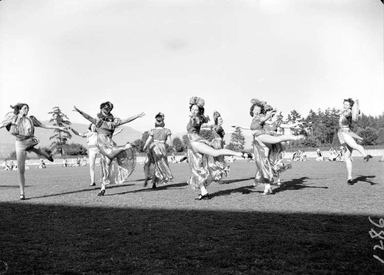 Pro-Rec dance demonstration. CVA 586-237