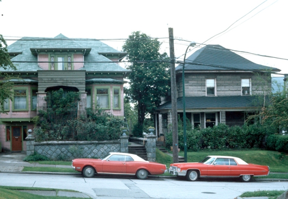 1977 Planning Department photo showing the 1905 house (right) on Ontario St. Photo: CoV Archives - CVA 780-256.