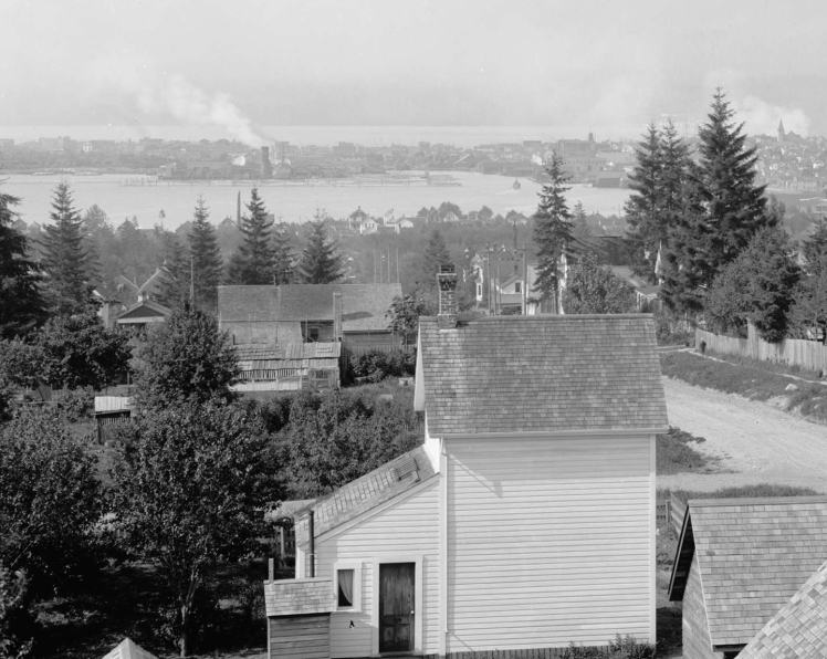 North view from 11th and Ontario St. ca. 1901. Detail shows the original structure at 10th and Ontario. COV Archives - LGN 655.